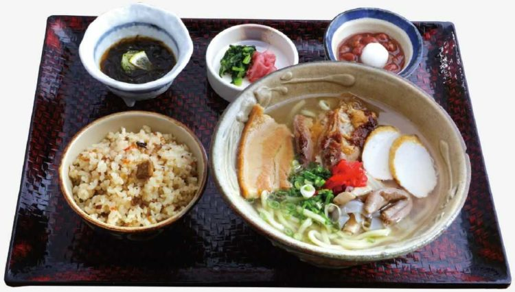 沖縄料理 あだん KITTE博多店のあだんそば定食