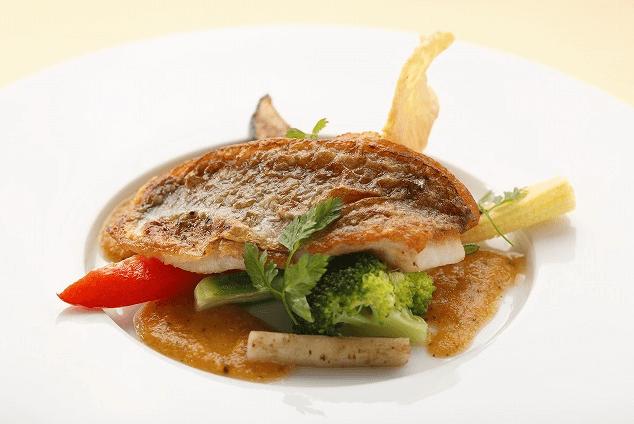 レストランmomoでカップルに人気のコース料理Cコース