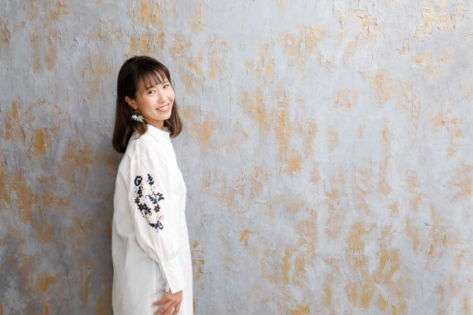 優しく微笑む「Irodori studio」のカメラマン古田島さん