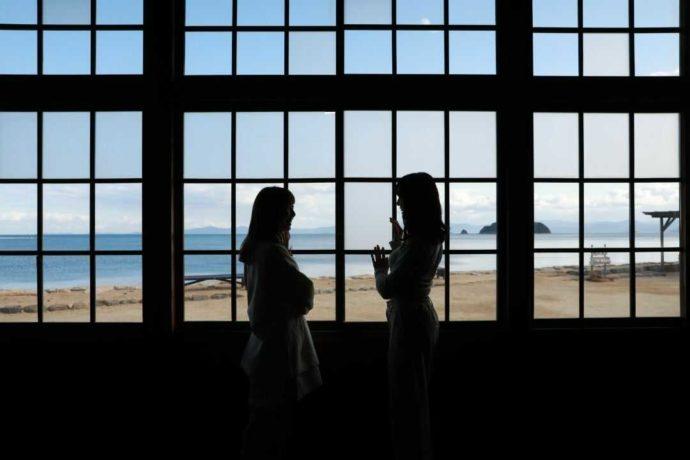 二十四の瞳映画村の教室から見る瀬戸内海