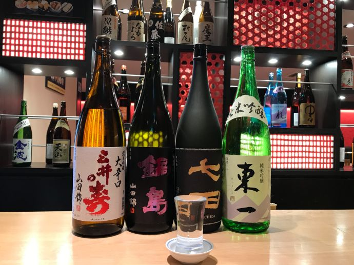 博多かねふく ふく竹 東京駅店でカップルに人気の日本酒