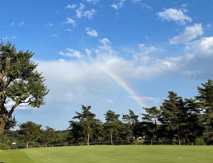 雨上がりに見えた虹