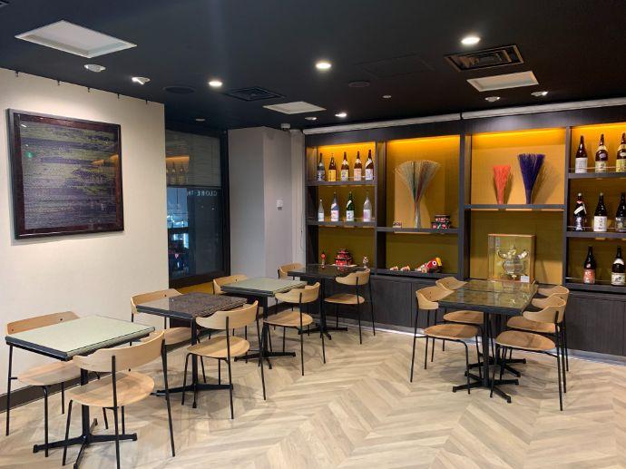 銀座熊本館「ASOBI・Bar」の内観
