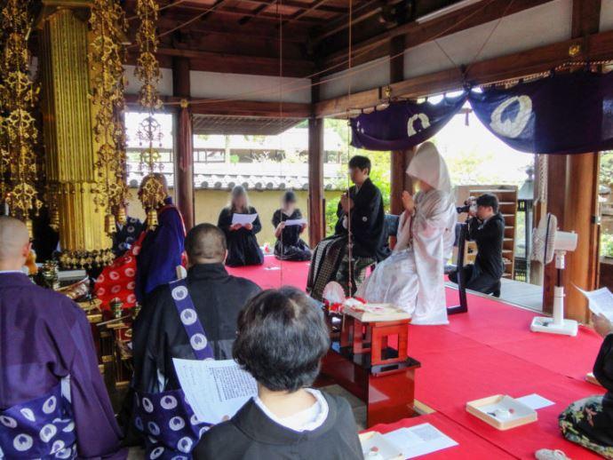 當麻寺の仏前結婚式