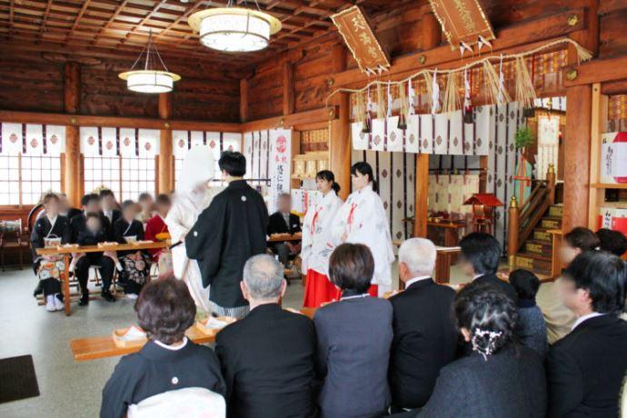 賀茂神社天満宮の神前結婚式の申し込みについて教えてください