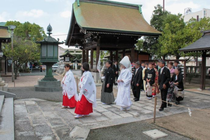 賀茂神社天満宮における神前結婚式の流れを教えてください