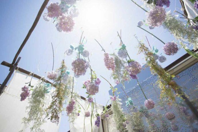 アイルバレクラブのガーデン挙式で飾られたお花