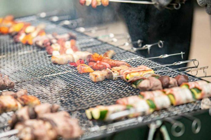 美味しい香りがガーデンに広がる、ゲストにも大人気のBBQビュッフェ