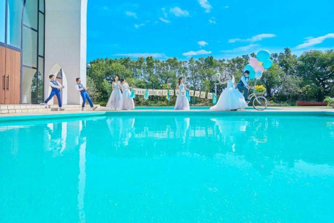 ゲストとフォトジェニックな一日を過ごせる、水に囲まれたリゾート空間