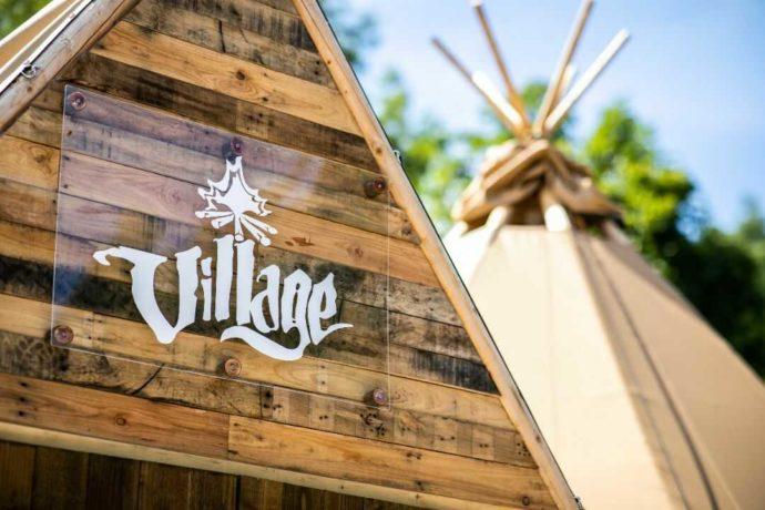 Village杜の贈り物のシンボルテント
