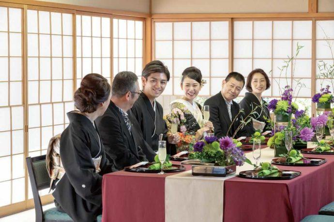 ホテルアウィーナ大阪での家族和婚の様子