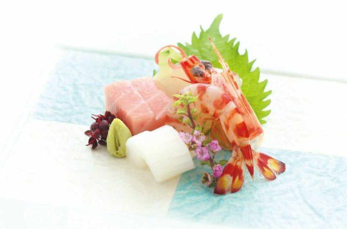 ホテルアウィーナ大阪の披露宴料理のエビのお造り