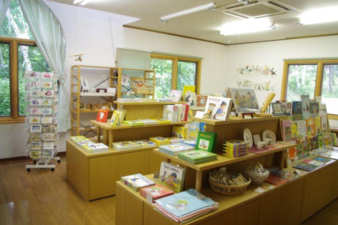 八ケ岳小さな絵本美術館のミュージアムショップ