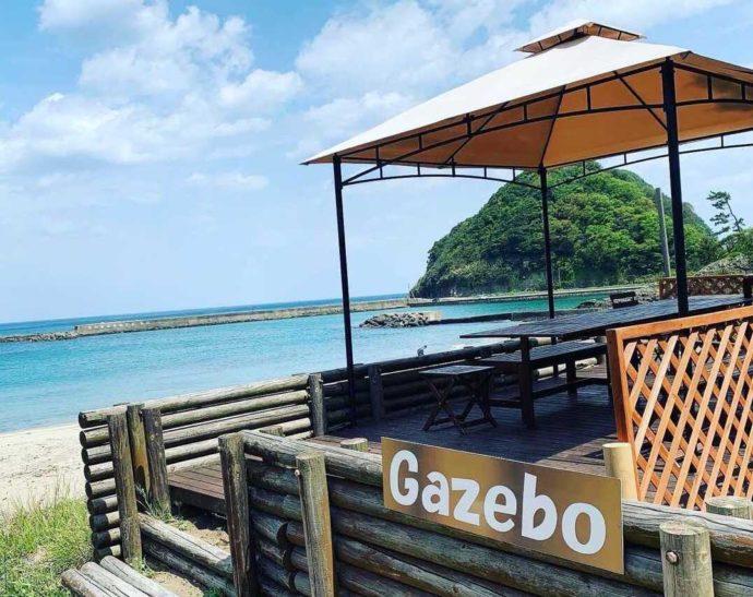 兵庫県豊岡市にある弁天浜キャンプ場のバーベキューサイト・Gazeboの外観