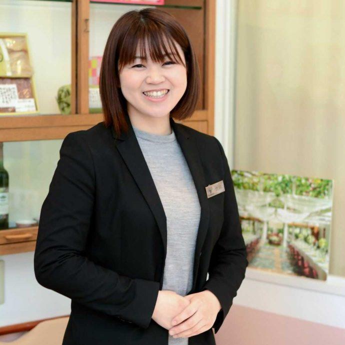 「ぶどうの木ウェディング」のマネージャー兼プランナーの竹田さん