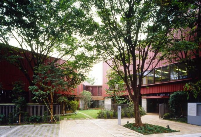 東京都練馬区にあるちひろ美術館の外観