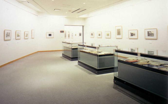 須坂版画美術館の内観