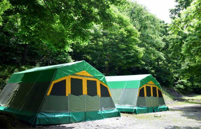 新潟県南魚沼郡にある大源太キャニオンキャンプ場の常設テント・カモシカ