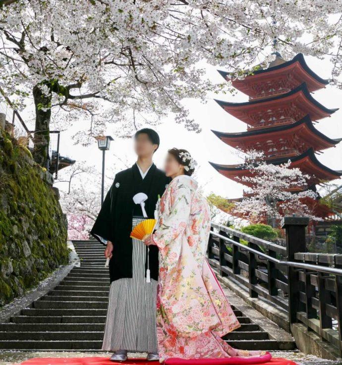 広島市南区にある結婚式場「エシェル」で行うウェディングの宮島での様子