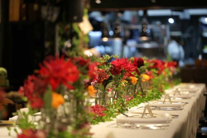広島市南区にある結婚式場「エシェル」で利用できるレストランの様子