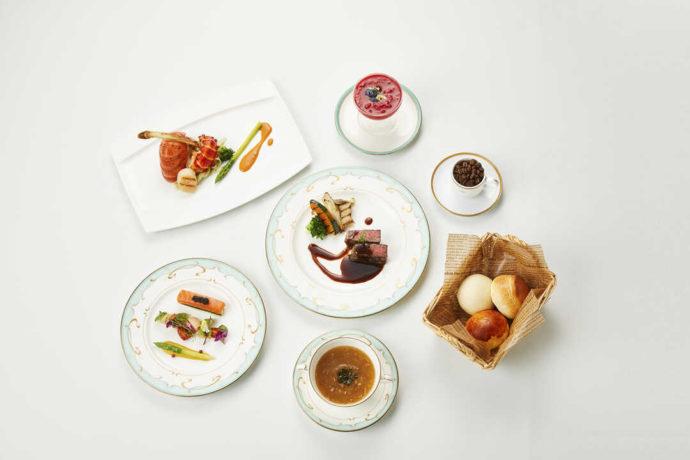 愛知県岡崎市にあるザ・グランドティアラ岡崎のコース料理イメージ