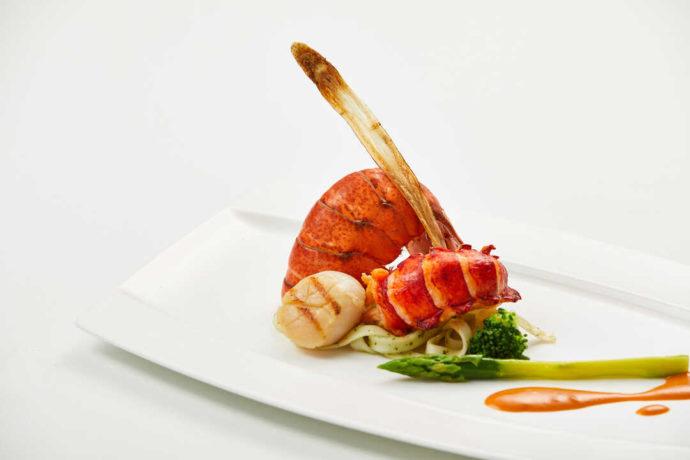 愛知県岡崎市にあるザ・グランドティアラ岡崎のオマール海老を使った料理