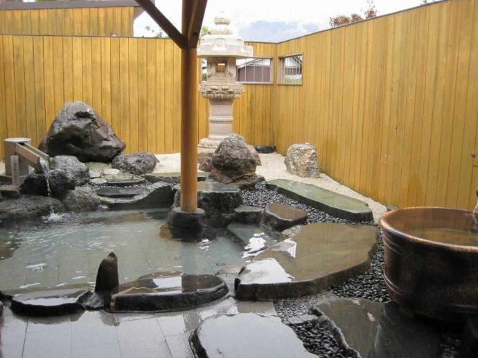 滋賀県米原市にあるキャンプ場・グリーンパーク山東の露天風呂