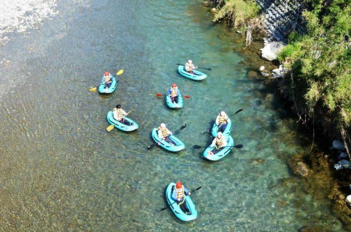 熊本県人吉市の球磨川ラフティング ハッピーサプライズによる川辺川でのパックラフト