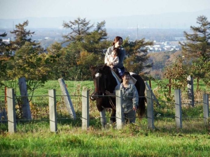 ハイジ牧場の乗馬体験