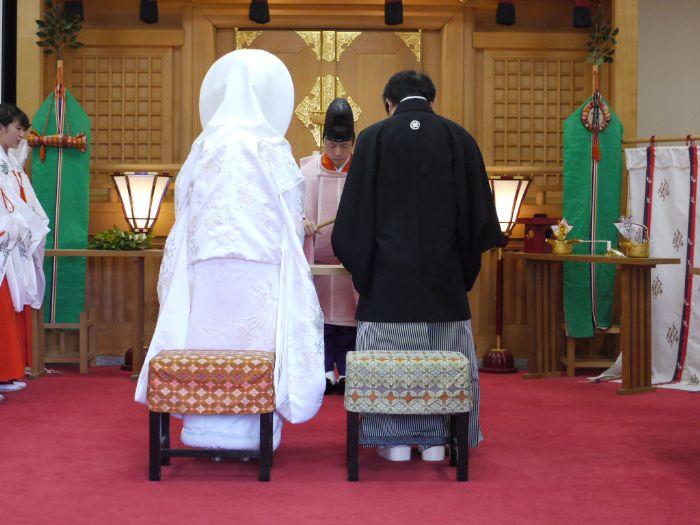 日岡神社の神前結婚式の儀式