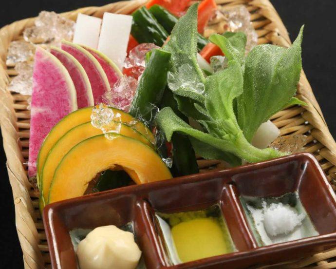 『大人の隠れ居酒屋 豊和 表参道』の彩り野菜の盛り合わせ