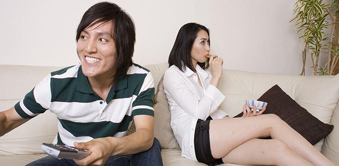 外出自粛のGWをおうちデートで過ごすのはいいけど、無計画のだらだらには注意が必要!