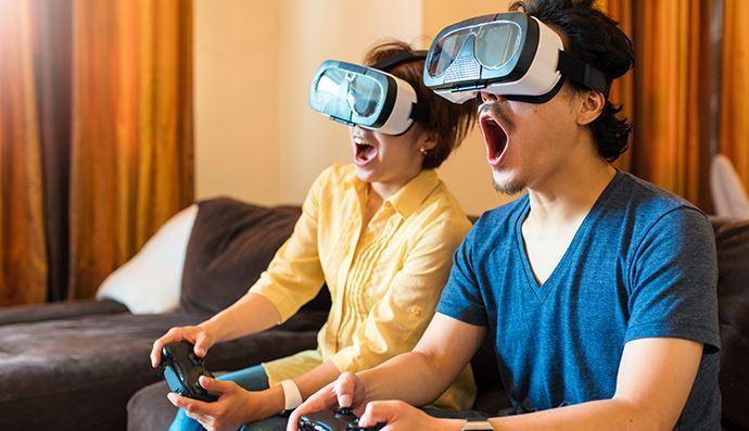 外出ができないGWだからゲーマーじゃなくてもカップルでゲームを楽しむのもあり