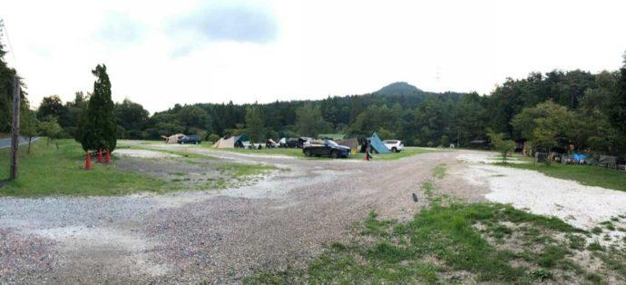 飯地高原自然テント村のオートキャンプサイト
