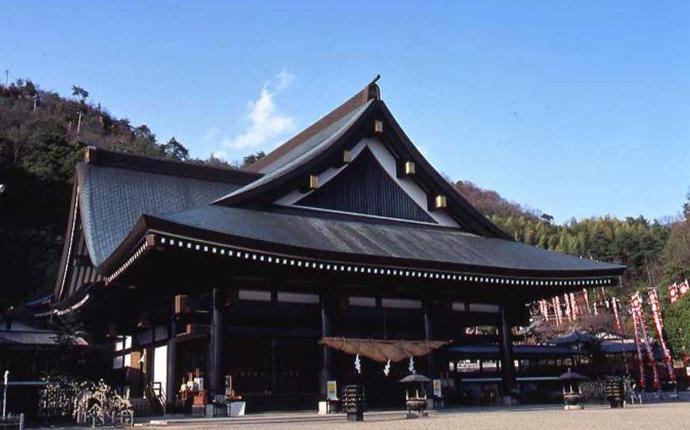 岡山県岡山市にある「最上稲荷」にお寺デートについてインタビュー - 縁結び大学