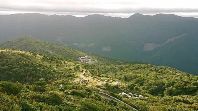 山々に囲まれた山荘梶ヶ森