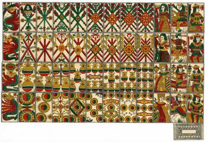 国産最古の「天正カルタ」を復元したもの。三池カルタ・歴史資料館より提供