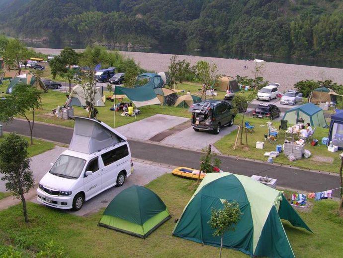 四万十カヌーとキャンプの里 かわらっこのオートキャンプの様子