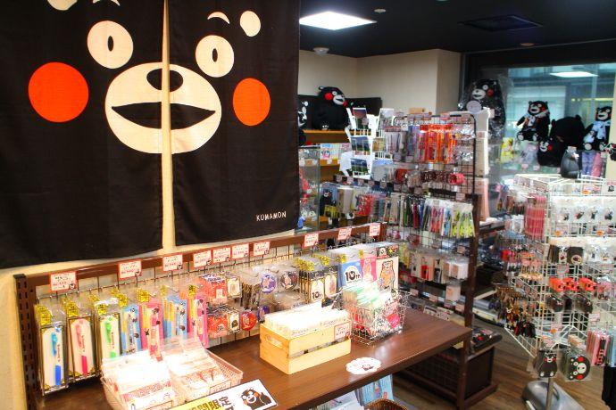銀座熊本館で購入できるくまモングッズ