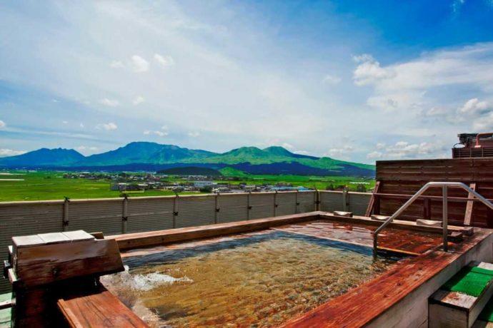 熊本県・阿蘇プラザホテルの屋上温泉