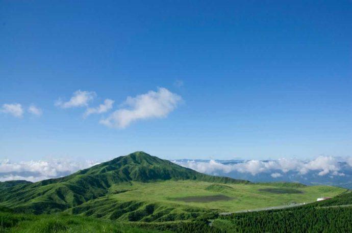 熊本県の阿蘇中岳