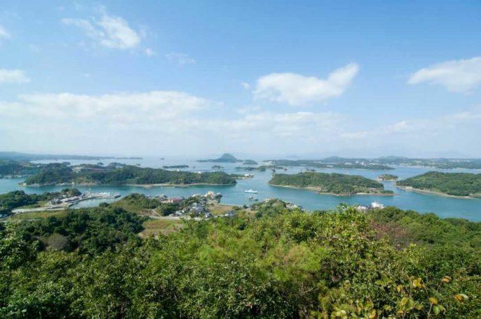 熊本県天草の海に浮かぶ島々