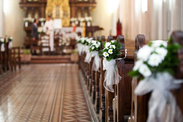 教会式を挙げたい!そう思ったら、模擬挙式・教会の見学に行こう!