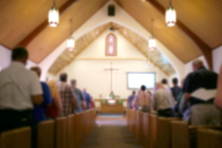 教会で式を挙げる場合は、カトリックとプロテステントの違いを知っておこう