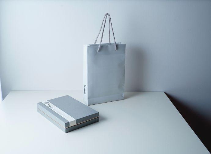 ライラの手土産と袋