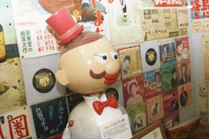 昭和時代を思い出すなつかしいレコードジャケットの数々