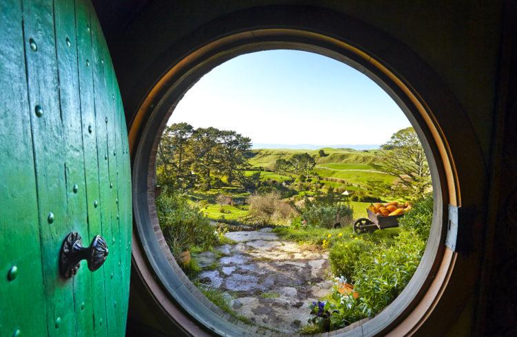MAPPLE Activity Onlineのニュージーランドツアーで見られるホビット村