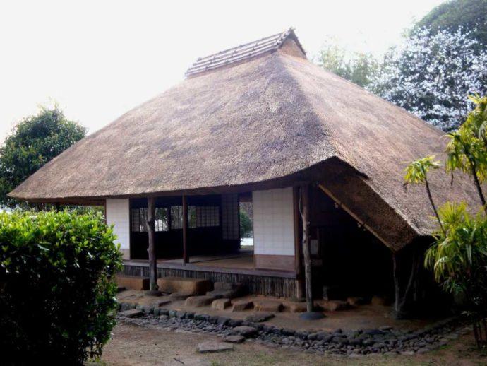松浦史料博物館の茶室閑雲亭