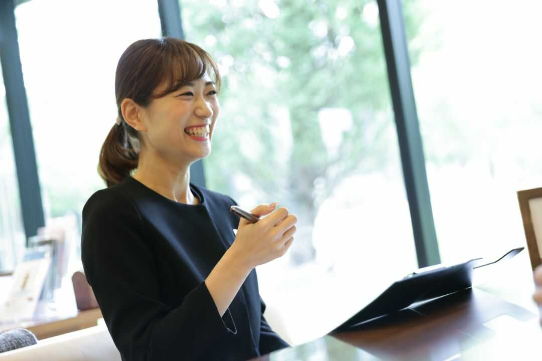 大阪府吹田市にある結婚式場「mia-via」でチーフプランナーを務めている東久美子さん