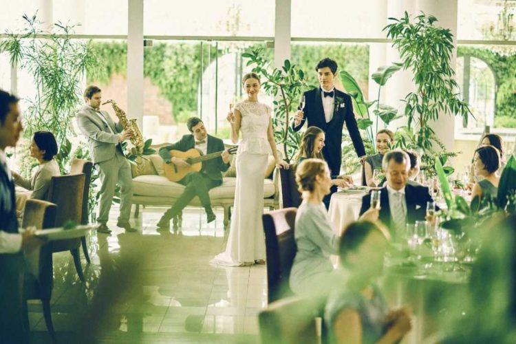 大阪府吹田市にある結婚式場「MIA・VIA」の披露宴イメージ